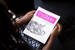 Python(パイソン)の制御文の使い方は?(if文、for文、while文)