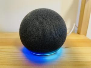 Echo Dot第4世代青く光る