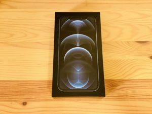 iPhone12Pro箱デザイン